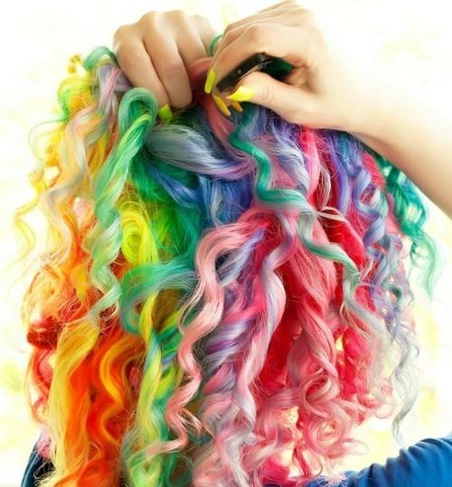 cabelo_cacheado_colorido