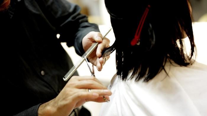 Salões para cabelos crespos