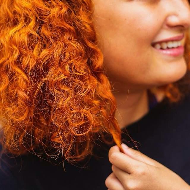 pintar o cabelo com henna