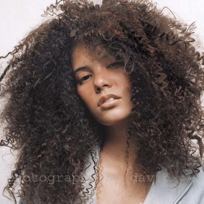 Cortes para cabelos cacheados longos