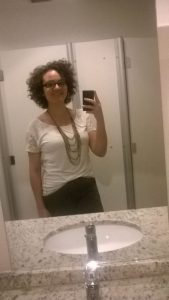 Foto corte de cabelo cacheado curto Mariana Boaretto