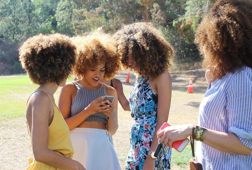 Assumir o cabelo natural é um ato político?