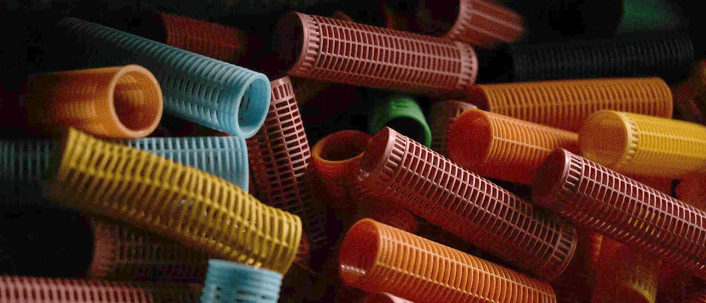 Bobes coloridos para fazer cachinhos