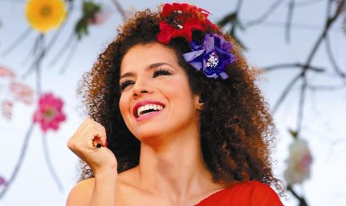 Vanessa da Mata, cantora de MPB.