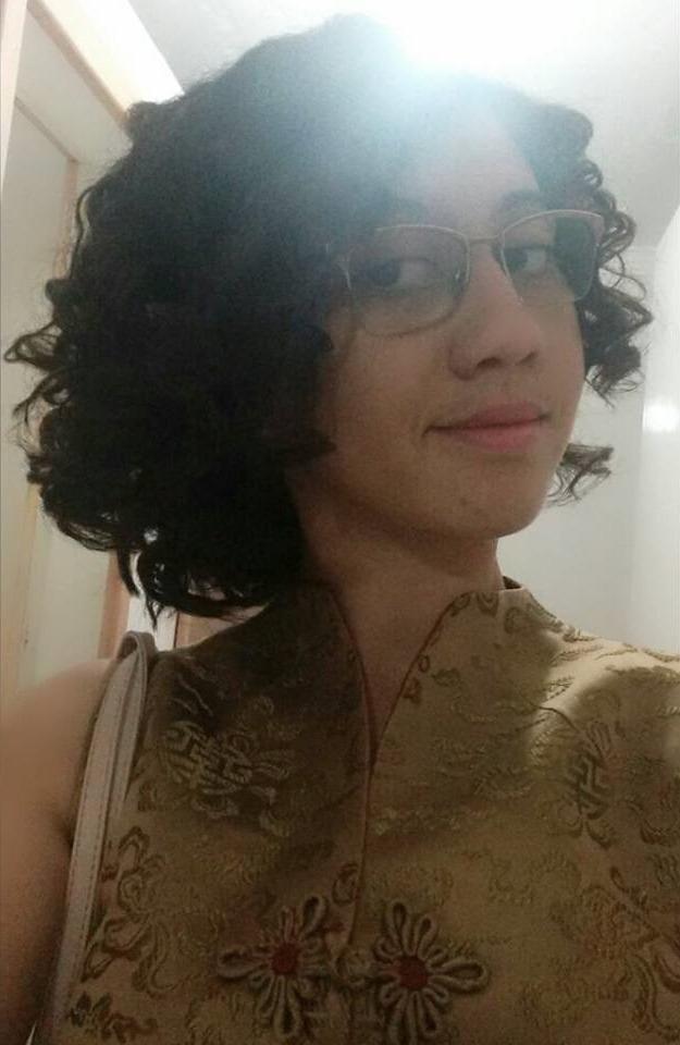 Talita, 24 anos, 8 meses de transição capilar