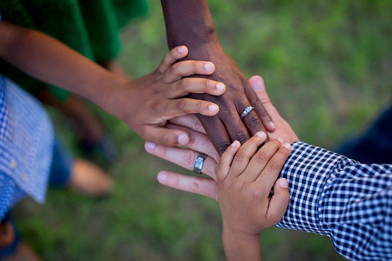 mãos dadas, família, união