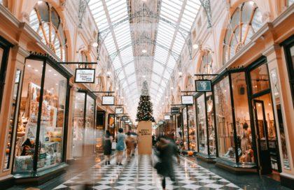 compras de final de ano - dicas de consumo consciente - foto de shopping no natal